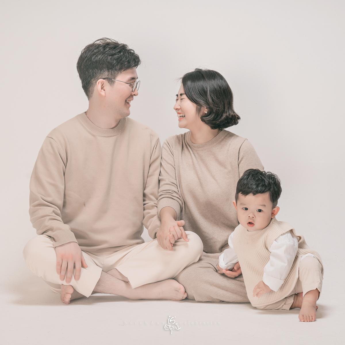 첫 돌사진 ㅣ첫 가족사진 ㅣ소중한 우리가족이야기 ㅣ 이즈스튜디오